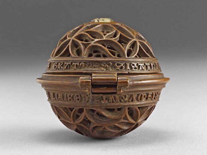 16th-century-gothic-boxwood-miniatures-small-wonders-art-gallery-of-ontario-9