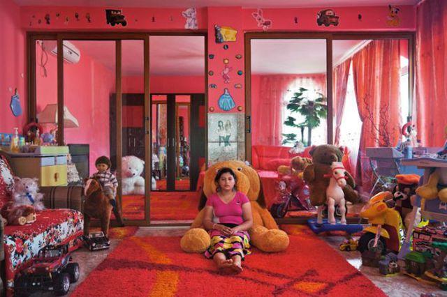 Разрушая стереотипы: вот как живут самые богатые цыгане в мире