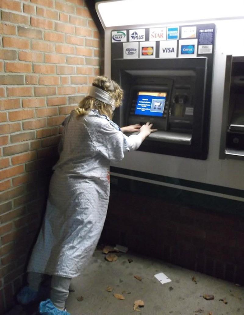 Смешные картинки с банкоматом, новорожденной девочке своими
