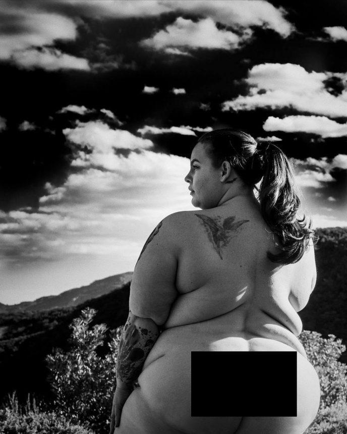 Муж известной «пышечки» выложил в Сеть ее «голое» фото, чтобы доказать…