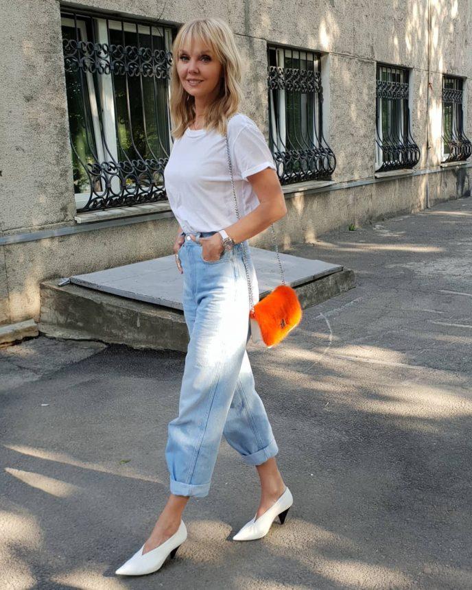 Фото валерии в джинсах, мега качество французское порно