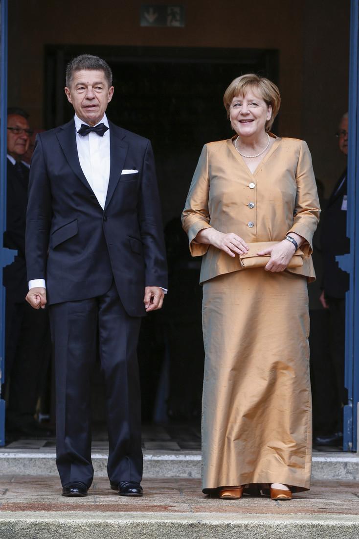 логотип фото мужа ангела меркель актуальная база объявлений