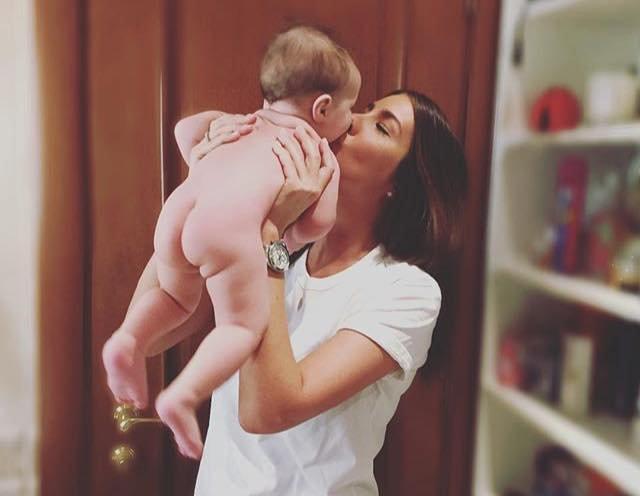 ქეთა ბავშვთან ერთად