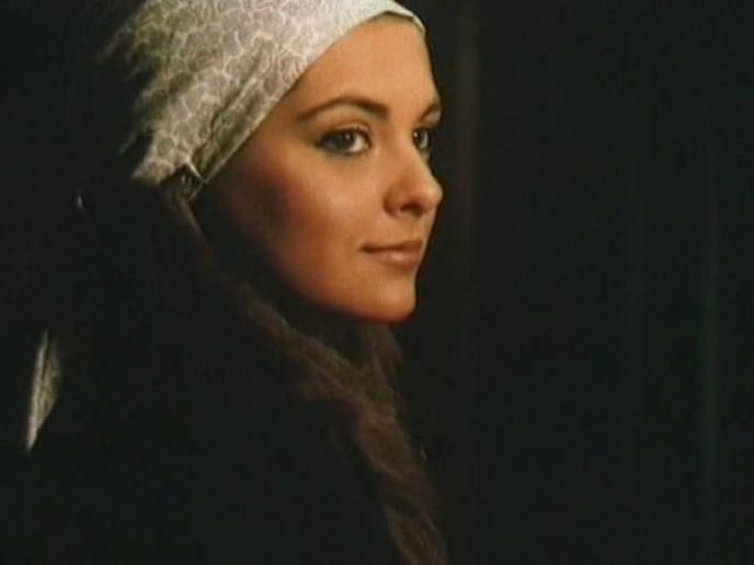 Фахрие Эвджен - Фериде из сериала