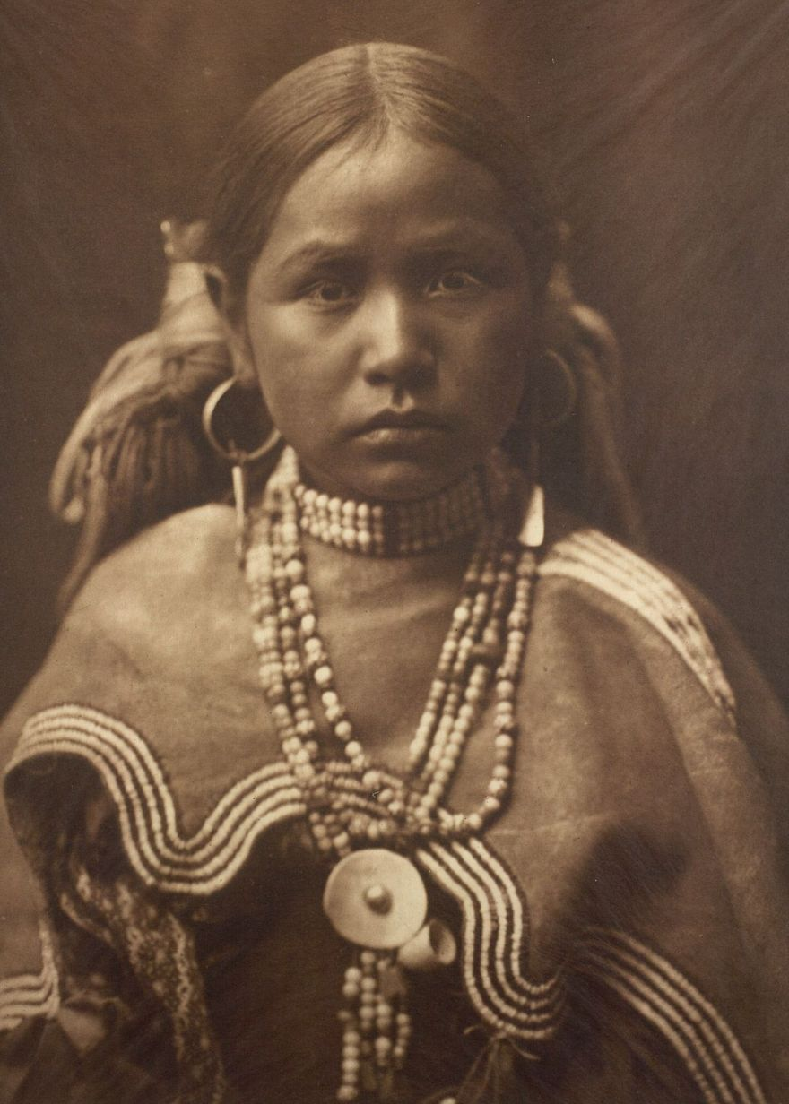 native-americans-photos-edward-sheriff-curtis-43-586df60dd70cf__880