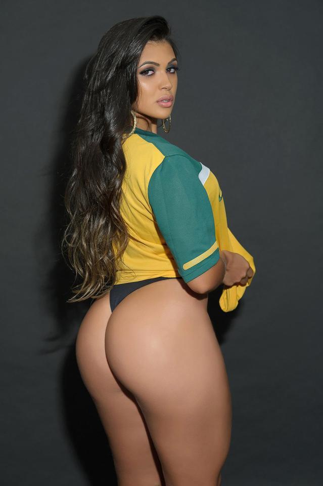 Fat White Butt Pics – Free Fat Ass, Big Booty, Bubble Butt Porn