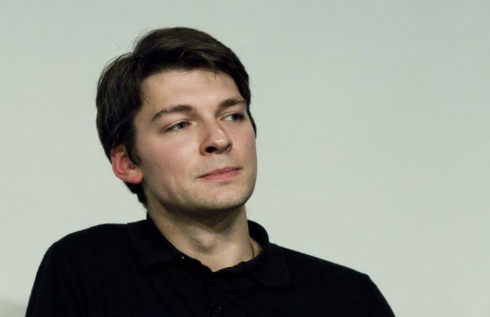 Топ-7 шикарных мужчин из российских мелодрам