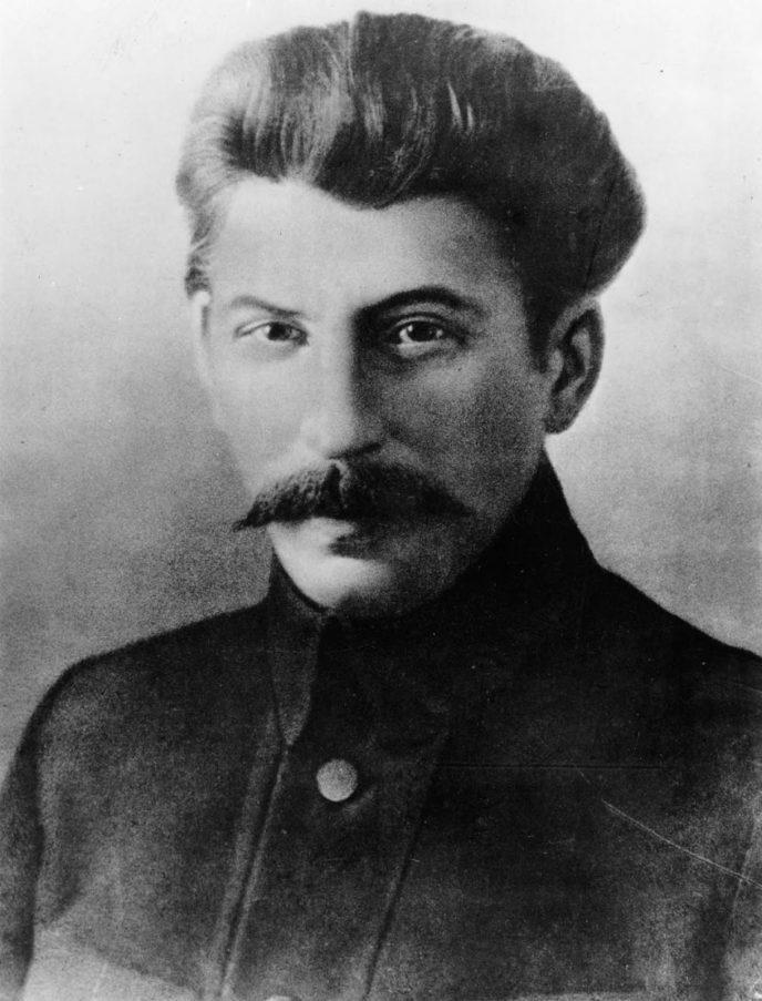 Редкие исторические кадры: Молодой Иосиф Сталин на фотографиях 1894-1919 гг. 11