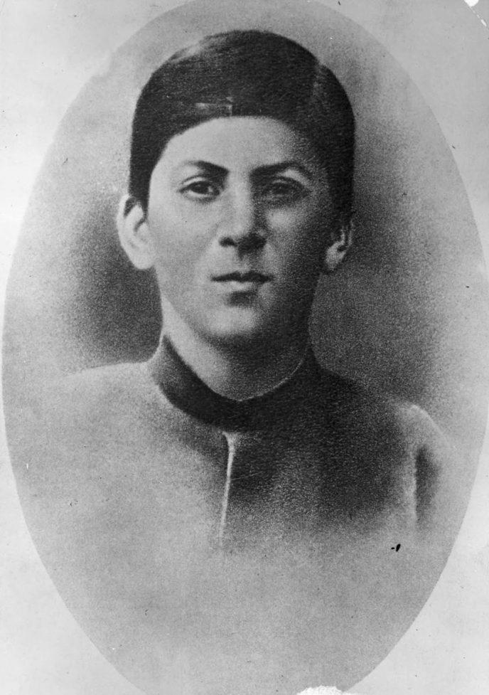 Редкие исторические кадры: Молодой Иосиф Сталин на фотографиях 1894-1919 гг. 2