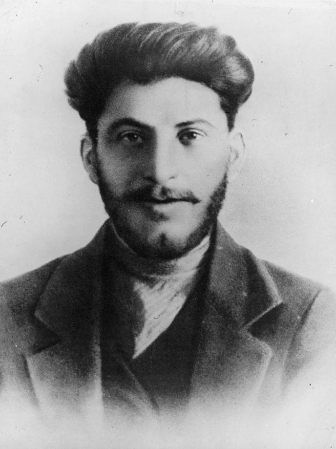 Редкие исторические кадры: Молодой Иосиф Сталин на фотографиях 1894-1919 гг. 4